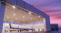 Private Hangar, Private jet.