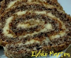 Krantz tekercs, diós tészta, bámulatos pudingos vaníliakrém, karamellizált diódarabokkal! - Ketkes.com Cookie Desserts, Cookie Recipes, Dessert Recipes, Smoothie Fruit, Good Food, Yummy Food, Salty Snacks, Hungarian Recipes, No Bake Cake