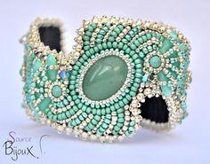 """Bracelet Brodé Zigzag Aventurine """" Rana """", bracelet en perles tissées et gemme, modèle unique fait main par La Source Aux Bijoux"""