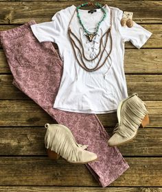 $16 She's All Laced Up Top >> Copper Bib Necklace $34 >> Turquoise Nugget Cowskull Necklace $28 >> Copper Concho Earrings $12 >>> online NOW www.lilbeesbohemian.com #bohochic #boho #gypsy #soinlove #mysthave #country #countrygirl #fringeboots #lambert #countrywestern #copper #turquoise #boho #bohochic #concho #texas #texaslove #texasbabe #southerngirl