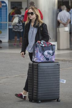 a264d6a3ab6fd Suki Waterhouse wearing Burberry the Rucksack in Technical Nylon and  Leather