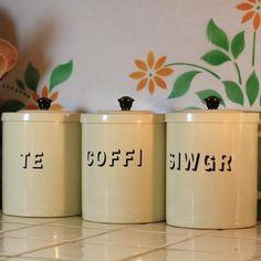 Te, Coffi & Siwgr Tins - Vintage Style for tea, coffee and sugar Welsh Words, Welsh Cottage, Kitchen World, Welsh Language, Welsh Gifts, Welsh Blanket, Love Spoons, Vintage Fashion, Welsh
