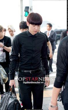 140628- EXO Park Chanyeol @ Incheon Airport > Chongqing Airport #exok #fashion