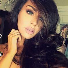 Tousled hair, natural make up Love Carli Bybel