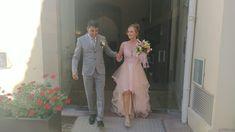 Robe de mariée avec volants en tulle, raccourcie par Mariage en Rose, mariage août 2020 Miss France, Lace Wedding, Wedding Dresses, Fashion, Dress Ideas, Bride Dresses, Moda, Bridal Gowns, Fashion Styles