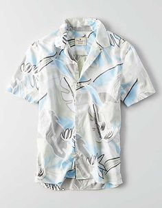 The classic button down shirt, updated in a versatile short sleeve silhouette and printed to perfection.