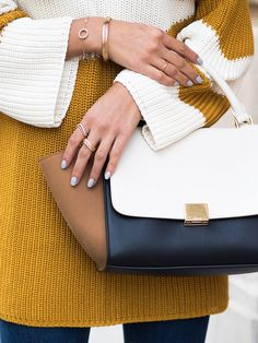 this bag is everything Work Purse, Best Bags, Cute Bags, Autumn Inspiration, Fall Looks, Minimal Fashion, Autumn Winter Fashion, Winter Style, Playing Dress Up