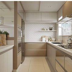 New kitchen cabinets design simple 22 ideas Kitchen Sets, Home Decor Kitchen, New Kitchen, Home Kitchens, White Kitchen Interior, Home Interior, Interior Design Kitchen, Modern Kitchen Cabinets, Kitchen Cabinet Design