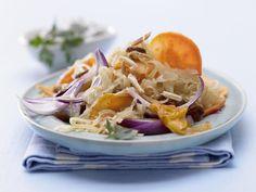 Gebratenes Sauerkraut - mit Petersilienquark - smarter - Kalorien: 316 Kcal - Zeit: 45 Min. | eatsmarter.de