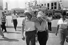 James Dean and Elizabeth Taylor at a fair in Texas