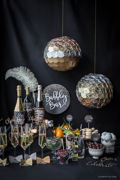 Dec 2018 - Go all out this New Year's Eve! Our DIY New Year's Eve champagne bar is the perfect way to ring in the new year in style. Bubbly Bar, Champagne Bar, Sylvester Party, Deco Nouvel An, Ideas Decoracion Cumpleaños, New Year's Eve Crafts, Party Mottos, New Years Eve Decorations, Disco Party Decorations