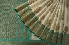 Indian Bridal Sarees, Bridal Silk Saree, Indian Silk Sarees, Organza Saree, Soft Silk Sarees, Sari Silk, Kanakavalli Sarees, Banaras Sarees, Silk Saree Kanchipuram