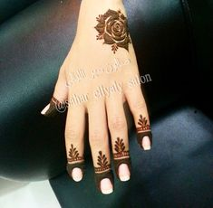40 Creative Yet Simple Mehndi Designs For Beginners Henna Tattoo Designs Simple, Finger Henna Designs, Henna Art Designs, Mehndi Designs For Beginners, Modern Mehndi Designs, Mehndi Designs For Girls, Mehndi Design Photos, Wedding Mehndi Designs, Mehndi Designs For Fingers