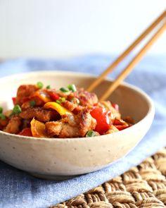 Asian Recipes, Keto Recipes, Dinner Recipes, Ethnic Recipes, Free Recipes, Vegetable Pie, Sour Foods, Sheet Pan, Food Print