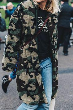 Fashion Week Street Style Fur Collage Vintage 36 New Ideas Fashion Week Street Style Fur Collage Vintage 36 New Ideas Camo Fashion, Military Fashion, Trendy Fashion, Fashion Outfits, Womens Fashion, Fashion Weeks, Vintage Fashion, Look Street Style, Street Chic