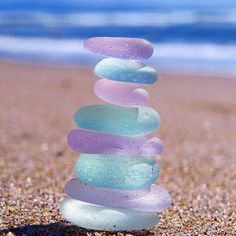 Purple Sea Glass with a little help from Pink & Aqua 💜🌟 Photo by Sea Glass Beach, Sea Glass Art, Sea Glass Jewelry, Sea Glass Colors, Shell Beach, Beach Stones, Silver Jewellery, Stained Glass, Image Nature