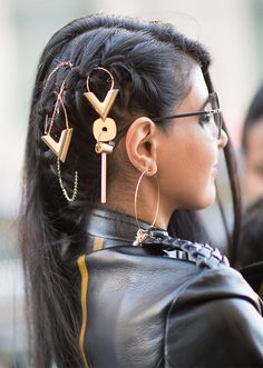 STYLECASTER | Ways to Wear Hair Accessories | Gold Jewels
