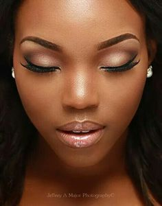 Morenas maquillaje