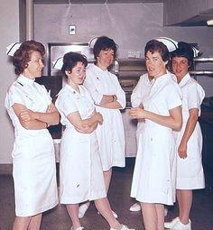 Vintage Nurse, Vintage Medical, Male Nurse, Nursing Dress, Nurse Life, Nurse Humor, The Good Old Days, Back In The Day, Childhood Memories