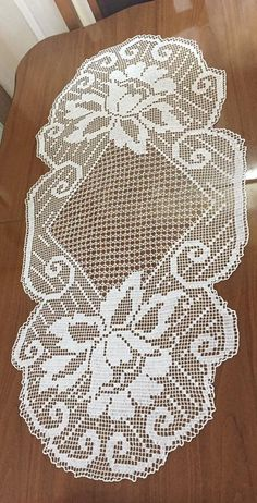 Crochet Placemats, Crochet Doily Patterns, Crochet Motif, Crochet Designs, Crochet Doilies, Crochet Flowers, Crochet Lace, Crochet Carpet, Fillet Crochet