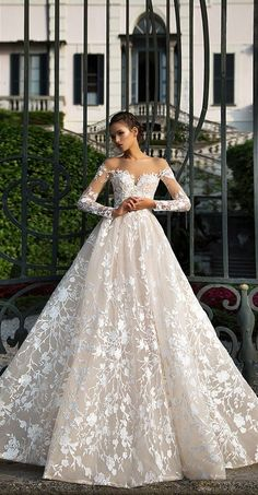 Long sleeve O-Neck Sexy A Line Wedding Dresses Backless Amazing Lace Bridal Gowns robe de mariage dreami alibaba china Gorgeous Wedding Dress, Dream Wedding Dresses, Beautiful Gowns, Bridal Dresses, Wedding Gowns, 2017 Wedding, Lace Wedding, Mermaid Wedding, Mila Nova Wedding Dress