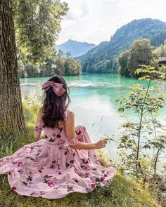 A Bavarian Road Trip - Hello Miss Jordan - Fussen Lovely Girl Image, Cute Girl Photo, Girls Image, Girly Girl, Foto Fantasy, Cute Girl Wallpaper, Girly Pictures, Stylish Girl Pic, Girl Photography Poses
