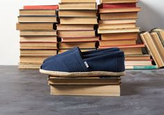 Swim Trunks, Summer Shoes, Men's Shoes, Toms, Espadrilles, Loafers, Good Things, Sneakers, How To Wear