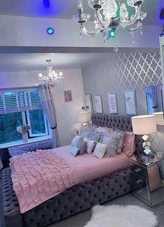 Bedroom Decor For Teen Girls, Girl Bedroom Designs, Room Ideas Bedroom, Home Bedroom, Bedroom Themes, Bedroom Wall, 1980s Bedroom, Teen Room Designs, Jungle Bedroom
