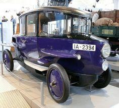 Rumpler Tropfenwagen 10-30PS blue 1922 vr by stkone, via Flickr