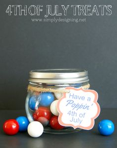 """DIY Crafts : Fun and simple of July gift idea that you can throw together easily and quickly! Free printable to """"Have a Poppin of July"""". Patriotic Crafts, July Crafts, Holiday Crafts, Holiday Fun, Independence Day, Fourth Of July, Decoration, Memorial Day, Party Favors"""