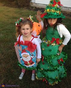 Angela: My older daughter was being a Christmas tree and I needed something to go along with that So after some thinking and thinking. I decided to make my little Milania,. Christmas Tree Costume Diy, Fun Christmas Outfits, Christmas Dress Up, Christmas Presents For Girls, Diy Ugly Christmas Sweater, Christmas Program, Halloween Costume Contest, Presents For Kids, Christmas Scenes