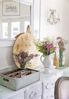 Gorgeous home tour on Shabbilicious Sunday, featuring the home of Janet from Shabbyfufu. Click to see more of the french farmhouse style kitchen or PIN for later.