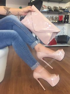 What do you think of my new pink pumps love them so much Beautiful High Heels, Sexy High Heels, Heeled Boots, Shoe Boots, Cute Heels, Killer Heels, Platform High Heels, Dream Shoes, Hot Shoes