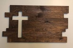 Pallet Crafts, Pallet Art, Wood Crafts, Cross Wall Decor, Rustic Wall Decor, Small Console Tables, Rustic Cross, Wood Crosses, Salvaged Wood