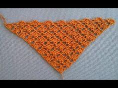 The triangular scarf 4 Crochet Scarves, Crochet Shawl, Crochet Stitches, Knit Crochet, Knitting Videos, Crochet Videos, Crochet Patterns For Beginners, Easy Crochet Patterns, Crochet Triangle