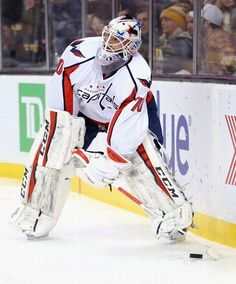 BOSTON, MA - JANUARY 05: Braden Holtby #70 of the Washington Capitals skates against the Boston Bruins during the first period at TD Garden on January 5, 2016 in Boston, Massachusetts. (Photo by Maddie Meyer/Getty Images)