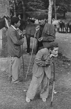 Title: San Fermines, Pamplona, Spain - Henri Cartier-Bresson Here I see how a boy learning and adapting habits and behavior of adults, giving it even more meaning then they do Candid Photography, Vintage Photography, Street Photography, Urban Photography, Color Photography, Great Photos, Old Photos, Vintage Photos, Magnum Photos