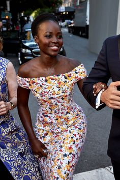 """blackonbroadway: """" Lupita Nyong'o attends the 70th Annual Tony Awards at The Beacon Theatre on June 12, 2016 in New York City """" ♡♡♡"""