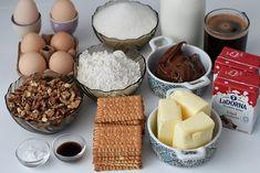 Prajitura Kinder Bueno - Bucătăria Urecheatei Romanian Desserts, Homemade Cakes, Chocolate Fondue, Nutella, Easy Meals, Dessert Recipes, Breakfast, Food, Pastries
