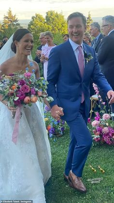 Katie Couric, Gowns Of Elegance, Bridesmaid Dresses, Wedding Dresses, Tie The Knots, Wedding Inspiration, Wedding Ideas, Flower Arrangements, Wedding Decorations