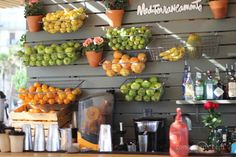 Le rayon des fruits du bar de plage