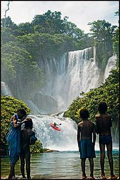Kayaking in Papua New Guinea