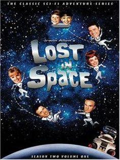 Perdidos en el espacio (1965-1968). El profesor John Robinson decide abandonar la Tierra, con problemas de sobrepoblación, y mudarse con su esposa y sus dos hijos a un planeta habitable del sistema Alpha Centauri. Para ello, emprenden un viaje espacial durante el que permanecerán en animación suspendida, en la nave Jupiter 2...