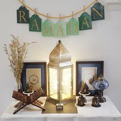 Beautiful Ramadan decoration to welcome the blessed month. Love the Ramadan banner from With A Spin.