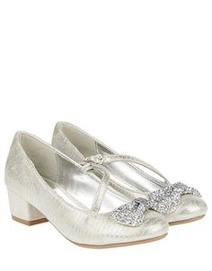 She'll be skipping into the spotlight thanks to our embellished jive shoes for girls. In a shimmery metallic finish, this block-heel pair is adorned with daz. Kid Shoes, Girls Shoes, Me Too Shoes, Shoes Heels, Flower Girl Shoes, Flower Girl Dresses, Communion Shoes, Diamond Bows, Girls Sandals