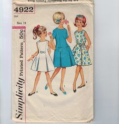 Hey, I found this really awesome Etsy listing at https://www.etsy.com/listing/239669539/1960s-vintage-sewing-pattern-simplicity