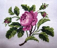Lovely floral/roses cross stitch embroidered tablecloth in linen from Sweden Hand Embroidery Patterns, Diy Embroidery, Cross Stitch Embroidery, Cross Stitch Patterns, Embroidery Designs, Cross Stitch Pillow, Cross Stitch Heart, Cross Stitch Flowers, Crochet Motif