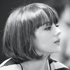 Alizée-j'aime sa coupe de cheveux
