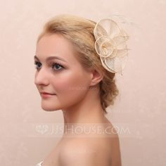 [US$ 8.99] Beautiful Net Yarn/Feather Combs & Barrettes/Flowers &…