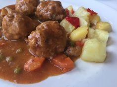 Receta de albóndigas en salsa (meatballs in sauce)